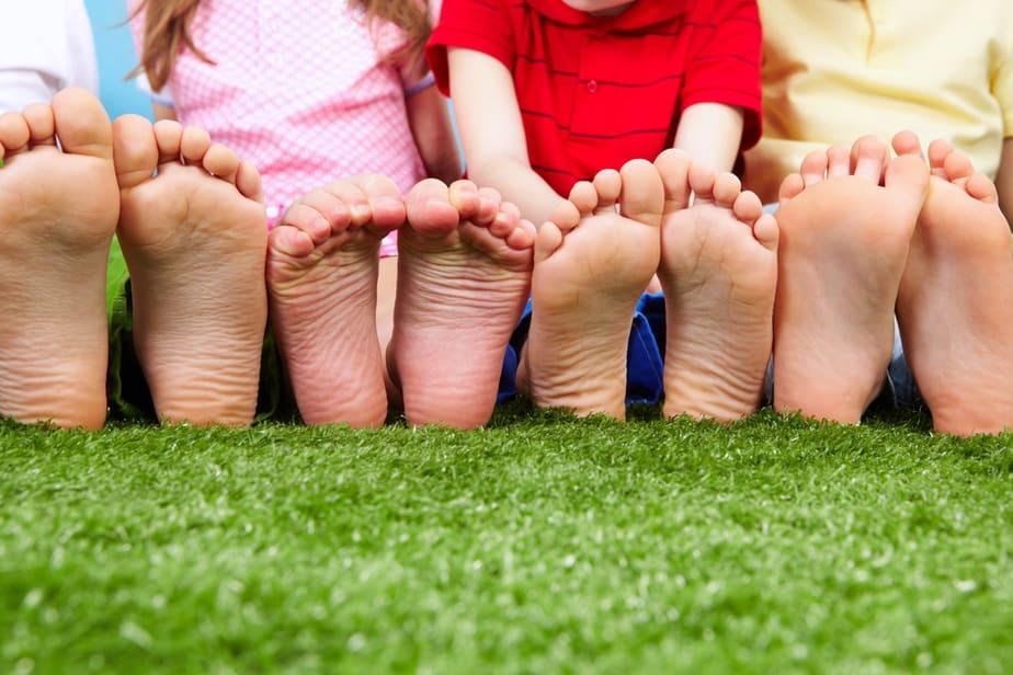 kids go barefoot
