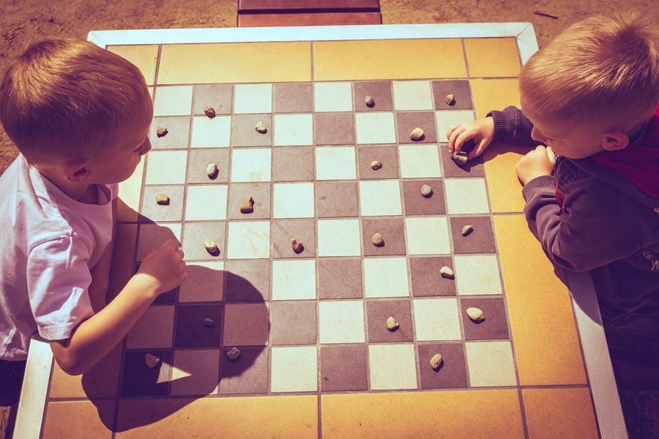 /critical-thinking-skills-kids/