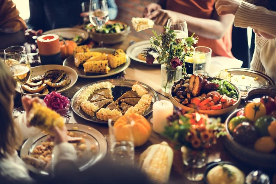 Charmant 5 Ways To Bond Beyond The Dinner Table (And End Family Dinner Guilt)